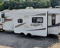 eagle-jayco-rv-with-water-heater